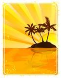 热带海岛的日落 免版税库存照片