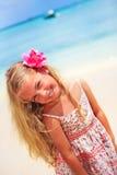 热带海滩加勒比的女孩 免版税库存图片