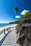 热带海滩和海运 图库摄影