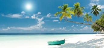 热带海滩的全景 库存图片