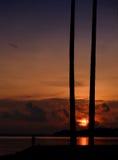 热带海滩的日出 免版税图库摄影