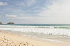 热带海滩在普吉岛海岛 图库摄影