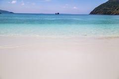 热带海滩美丽的海运 库存照片