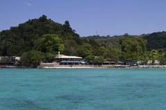 热带海滩胜地,泰国 免版税库存照片