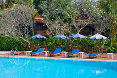 热带游泳池在泰国 图库摄影
