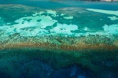 热带珊瑚礁生态系鸟瞰图  库存照片