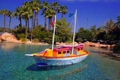 热带的小船 库存照片