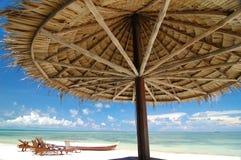 热带的海滩胜地 免版税图库摄影