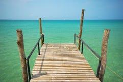 热带的码头 免版税库存图片