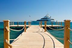 热带的码头 免版税库存照片