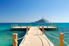 热带的码头 免版税图库摄影