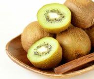 热带水果新鲜的甜成熟猕猴桃 免版税图库摄影