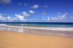 热带2个beach de福纳多的noronha 免版税图库摄影
