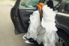 热情的新娘和新郎 免版税图库摄影