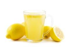 热柠檬饮料 免版税库存图片