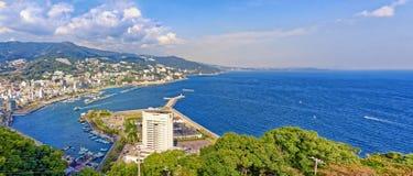 热海市和Sagami海湾看法  免版税库存照片