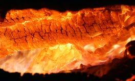 热灼烧的炭烬 免版税库存照片