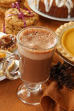 热热奶咖啡的巧克力 库存图片