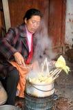 热玉米卖主 免版税库存照片