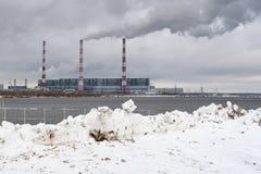 热电厂在西伯利亚 免版税图库摄影