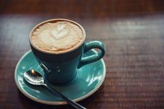 热的咖啡拿铁艺术 免版税库存图片