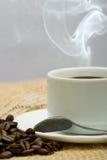 热的咖啡杯 免版税库存照片