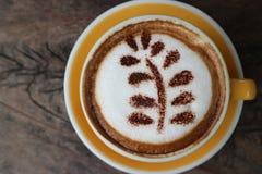 热的在cafee的咖啡愉快的时间断裂 免版税库存照片