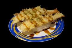 热的寿司用ebi在黑背景的天麸罗虾 免版税库存图片