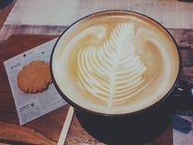 热的拿铁咖啡 免版税库存照片