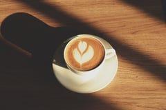 热的拿铁咖啡 库存图片