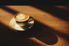热的拿铁咖啡 免版税图库摄影