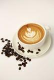热的拿铁艺术咖啡 库存图片