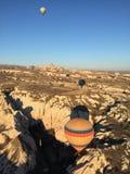 热的气球在卡帕多细亚 库存图片
