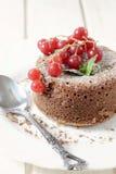 热的熔岩蛋糕 免版税库存照片