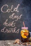 热的秋天饮料 免版税图库摄影
