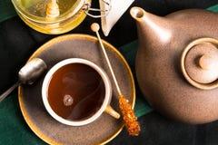 热的茶从上面 库存照片