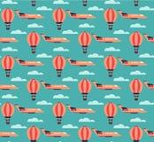 热空气气球和飞机样式 免版税库存照片