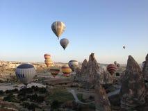 热空气气球在卡帕多细亚 免版税库存图片