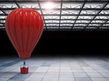 热空气气球在飞机棚 免版税图库摄影