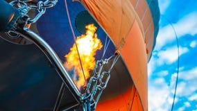 热空气气球在Goreme卡帕多细亚,土耳其 库存图片