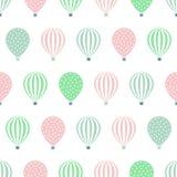 热空气气球无缝的样式 婴儿送礼会在白色背景隔绝的传染媒介例证 免版税库存图片