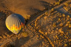 热空气气球日出 免版税图库摄影
