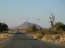 热空气气球, Sossusvlei纳米比亚 免版税库存图片