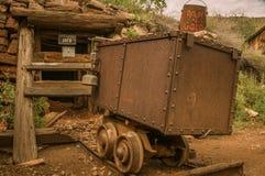 热罗姆亚利桑那鬼城矿车 图库摄影