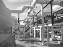 热转换器在精炼厂 激昂的汽油空气冷却器 免版税库存照片