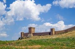 热那亚人的堡垒。克里米亚。Sudak 免版税库存照片