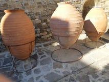 热那亚人的堡垒的Amphorae 免版税图库摄影