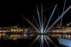 热那亚老港口夜视图 库存图片