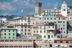 热那亚镇从海港口的都市风景全景 免版税图库摄影