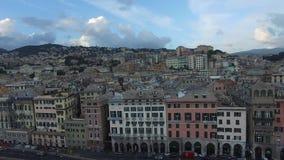 热那亚,意大利空中全景  4K 光滑的行动 轻率冒险 股票录像